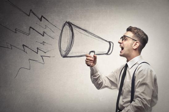 4 erros de comunicação que podem estar afastando seus clientes