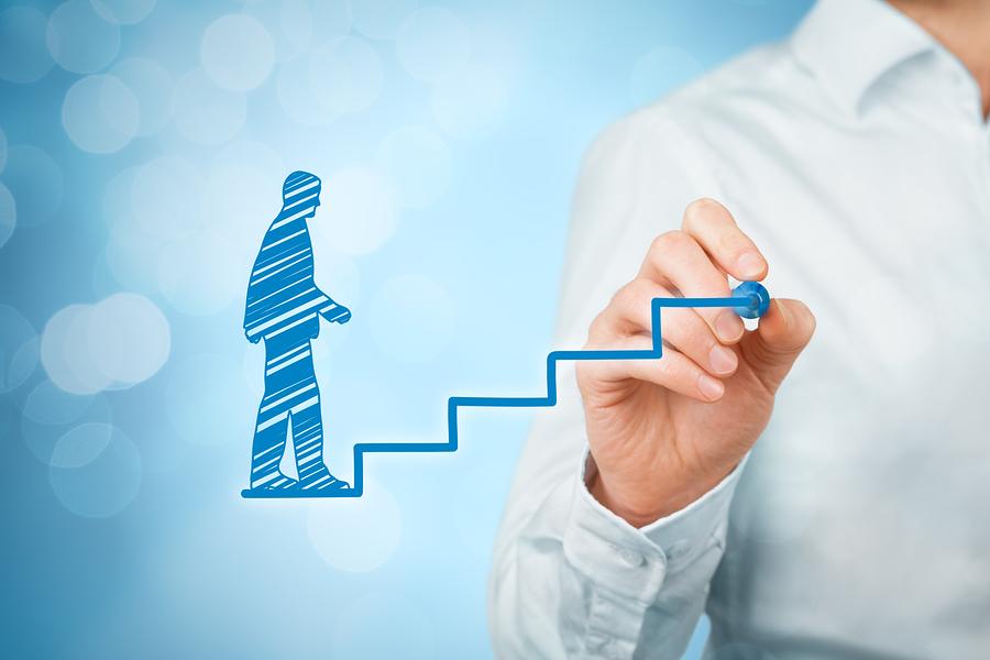 4  grandes especialistas ensinam como melhorar suas habilidades de vendas