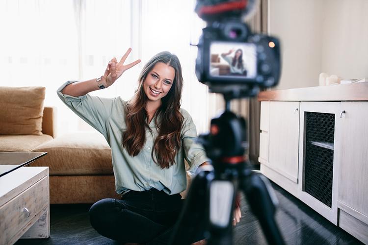 Reviews em vídeo para conquistar novos hóspedes