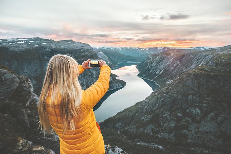O que os viajantes millennials buscam e como atraí-los e fidelizá-los