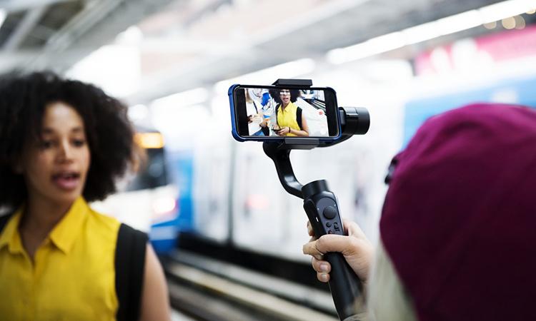 Como usar vlogs de viagem para atrair mais hóspedes