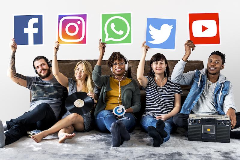 As redes sociais e o varejo: panorama, tendências e desafios