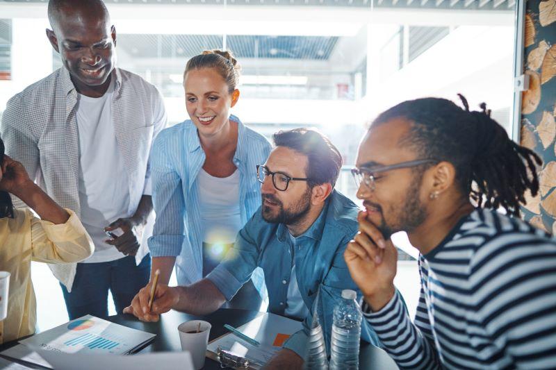 Dinâmica de grupo para entender a jornada do cliente no varejo