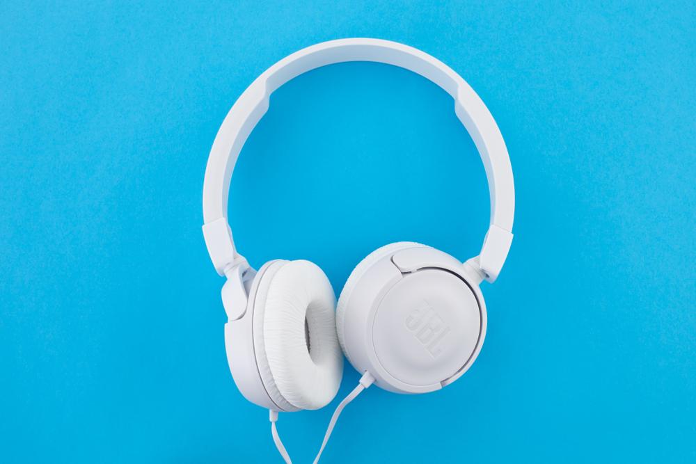 6 lugares onde os fones de ouvido fazem a diferença para seu cliente